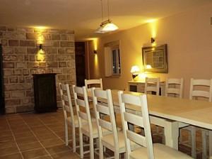 Mandelina Dining Room