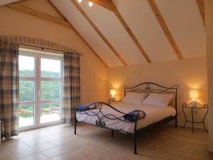 Mandolina Bedroom